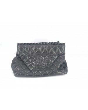 Chanel Black 90% NEW 20cm x 33cm